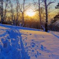 Зима, сугроб, закат :: Анатолий Иргл