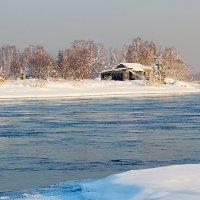 Домик на острове :: Анатолий Иргл