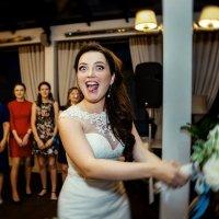 Невеста с букетом :: Владимир Будков