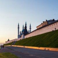 Казанский кремль на закате :: Татьяна Курамшина