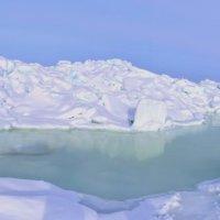 лёд залива Мордвинова в Охотском море :: Petr Popov