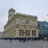 Ленинградский вокзал :: Валерий Судачок