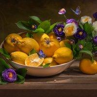 С лимонами и цветами :: Светлана Л.