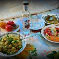 Без изысков: скромный ужин на выходные)) :: Андрей Заломленков