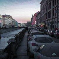Рассвет в большом городе :: Евгения Кирильченко