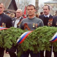 С боевыми наградами в мирное время... :: Владимир Хиль