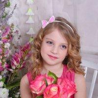 Прекрасный маленький цветочек Дашенька :: Tatyana Zholobova