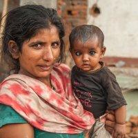 Непальская мама... :: Ирина Токарева