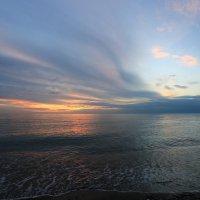 Небо на закате :: valeriy khlopunov