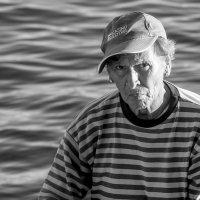 Рыбачка :: Юрий Вайсенблюм