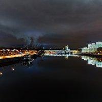 Вид на Москву-реку с Крымского моста :: Игорь Иванов