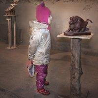 На выставке :: Лидия Цапко