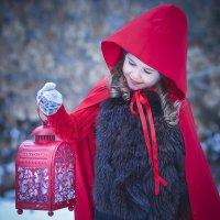...волшебница Яночка :: Elena Tatarko (фотограф)