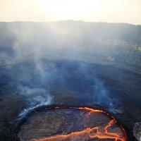 Марк Левитин - Лавовое озеро вулкана Эртаале