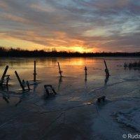 Рассветный лед :: Сергей