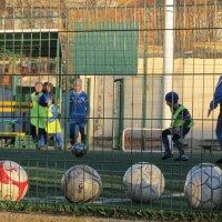 В футбол играет настоящий пацан :: Жанна Романова