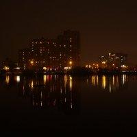 городское озеро :: Andrew A