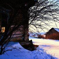 Заброшенный дом :: Евгений Юрков