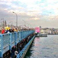 Галатский мост в Константинополе (Стамбуле) :: Денис Кораблёв
