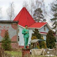 п. Вырица. Памятник  Иосифу Сталину :: Елена Павлова (Смолова)