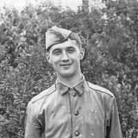 Молодой солдат :: Геннадий Храмцов