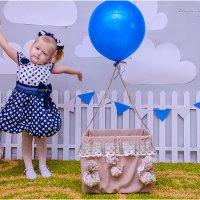 На воздушном шарике) ... :: SVETLANA
