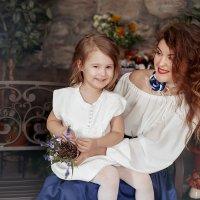 Мамы и их дочки :: Анна Локост