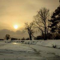 Светило падало в крещенские морозы :: Александр | Матвей БЕЛЫЙ