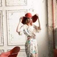 Дама в шляпе 2 :: Ольга Белёва