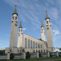Соборная городская мечеть в Нижнекамске :: Сергей Тагиров