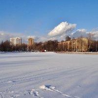 озеро под снегом :: Валентина. .