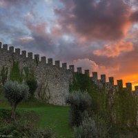 Закат в замке :: Alena Cardoso