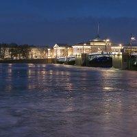 Дворцовый мост с Адмиралтейством :: Valerii Ivanov
