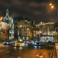 Мой город в  сумерках включил огни... :: Ирина Данилова