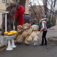 Первый день весны - медведи вышли из берлоги! :: Александр Скамо