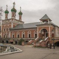 Высоко-Петровский монастырь :: Борис Гольдберг