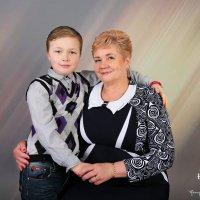 Бабушка с внуком :: Светлана Краснова