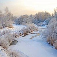 Замерзает речка :: Владимир Рязанов