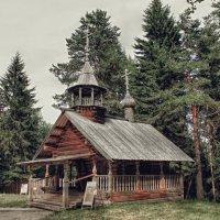 Музейный экспонат. :: владимир