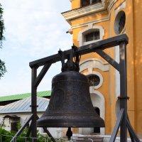 колокол 1000 пудовый,изготовлен в г.Тутаеве для монастыря :: Галина R...