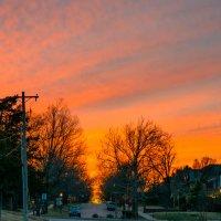 мартовский закат на маленькой улочке :: MVMarina