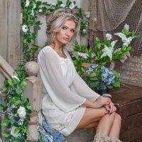 Девушка-весна :: Оксана Фалалеева