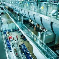 Жизнь аэропорта :: Валерий Смирнов