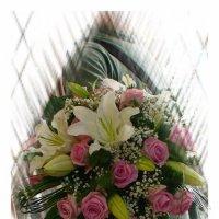 С международным женским днём, с праздником вас дорогие женщины! :: Руслан Грицунь