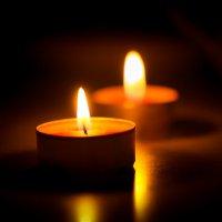 Сидели при свечах :: Денис Антонов