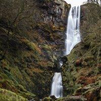 Водопад высотой 80 метров в национальном парке Сноудония , Англия. :: Aleksandr Papkov