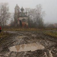 Он был в красном. :: Николай Спиридонов