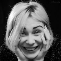 Spontaneous portrait of a girl. :: krivitskiy Кривицкий