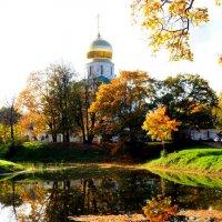 Фёдороский собор осенью :: Сергей