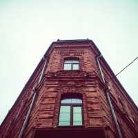 Старое здание :: Сергей Погарельский